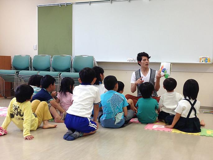 未就園児や 園児、小学生に英語を学ばせたい!ネイティブ先生のママズスマイル英語サークルの紹介